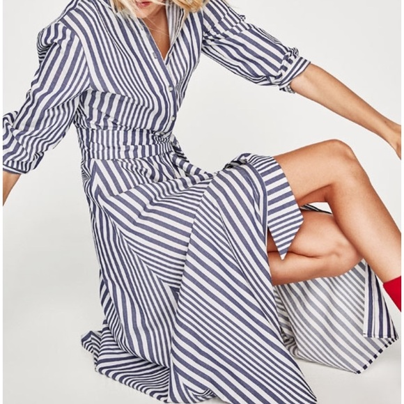 f623427ea8 Zara Blue White Striped Shirt Dress Long Sleeve M.  M 5a8caf4772ea883f64c9dcc9